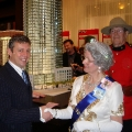 Queen look-a-like at the opening