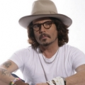 Johnny Depp look-a-like
