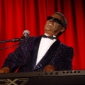 Ray Charles look and sound-a-like