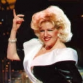 Bette Midler impersonator